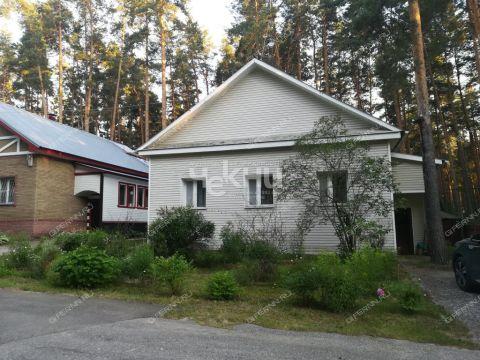 dom-poselok-turbazy-gorodeckiy-rayon фото