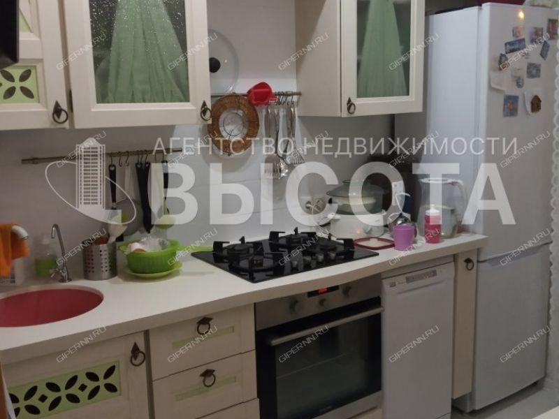 трёхкомнатная квартира на улице Красных Партизан дом 7