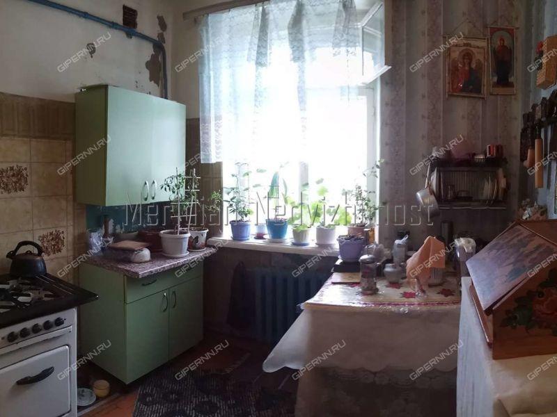 трёхкомнатная квартира на улице Чаадаева дом 31