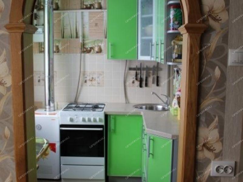 двухкомнатная квартира на улице Школьная дом 3 деревня Инютино