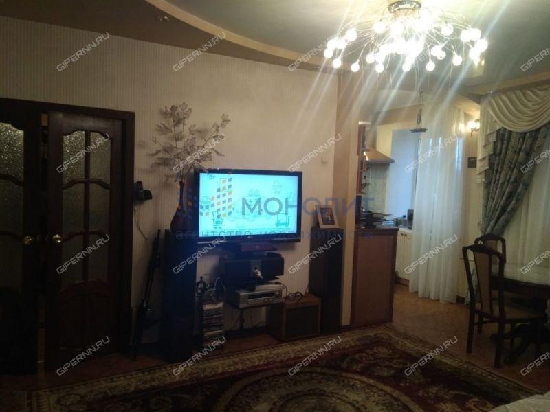трёхкомнатная квартира на улице Ярошенко дом 11
