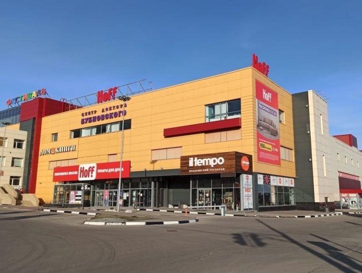 Главное — не разориться: как торговые центры выживают за закрытыми дверями